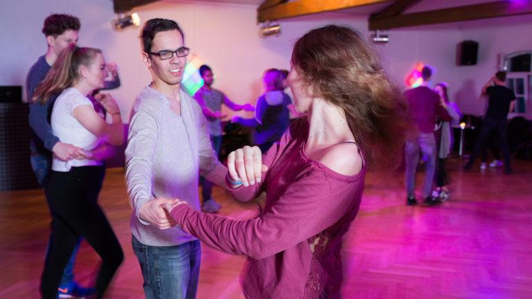 Tanzkurse für Jugendliche Klassiker Gesellschaftstänze in der Tanzschule Mavius